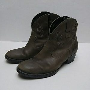 Born leather western style booties